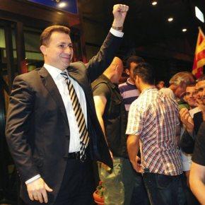 Ο Νίκολα Γκρούεφσκι διαψεύδει δημοσιεύματα περί 'Βόρειας Μακεδονίας' το2008.