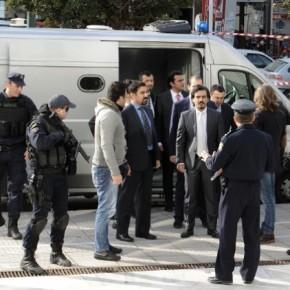 Αnadolu: H Τουρκία κάνει by pass για τους 8 ζητώντας την έκδοσή τους από τηνInterpol
