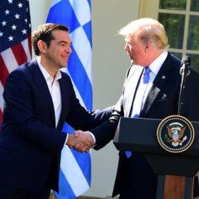 Αμερικανικός έρωτας'«Ναι» σε όλα από τονΠρωθυπουργό
