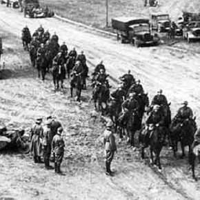 Η Ελλάδα είναι η μοναδική χώρα που αναγκάστηκε να αντιμετωπίσει τους στρατούς τεσσάρων χωρών ταυτόχρονα, Αλβανίας, Ιταλίας, Γερμανίας, καιΒουλγαρίας.