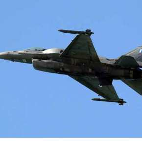 Ανατριχίλα: Το συγκλονιστικό μήνυμα του πιλότου του F-16 στους Έλληνες στη στρατιωτικήπαρέλαση