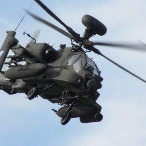 """Η Κύπρος στη """"σκιά"""" των Apache Longbow της ΑεροπορίαςΣτρατού"""