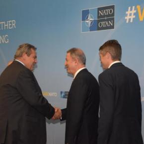 Στο NATO η πρώτη συνάντηση Καμμένου και Ακάρ μετά την απελευθέρωση των 2 ΕλλήνωνΣτρατιωτικών