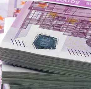 26 κοντέινερ χθες στο Ελ. Βενιζέλος γεμάτα ευρώ – Δεν βγήκαμε από τομνημόνιο;