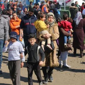 Δραματικό SOS: 5.000 πρόσφυγες σε hotspot 700 θέσεων στηΣάμο