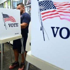 ΗΠΑ: Οι Δημοκρατικοί ελέγχουν την Βουλή, οι Ρεπουμπλικάνοι την Γερουσία.