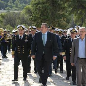 Ηχηρό μήνυμα Καμμένου στη Τουρκία: Όλοι ξέρουμε ποιοι είναι οι πειρατές τουΑιγαίου