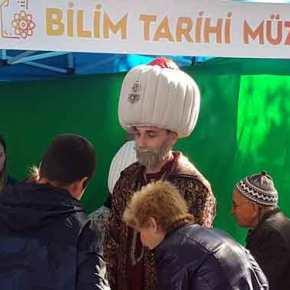 Όπως στην Τουρκία – Απίστευτες εικόνες στην κεντρική πλατεία τηςΚομοτηνής