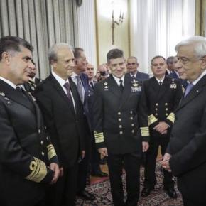 Στο Προεδρικό Μέγαρο η πολιτική και στρατιωτική ηγεσία της χώρας –ΦΩΤΟ