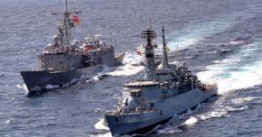 Με τουρκική φρεγάτα στο Δυρράχιο τα αλβανικά ΜΜΕ παραληρούν: «Προσέχετε Έλληνες – Ο Στρατός μας είναιέτοιμος»!