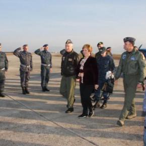 ΥΠΕΘΑ: Η Μαρία Κόλλια – Τσαρουχά επισκέφθηκε το Αρχηγείο Τακτικής Αεροπορίας –ΦΩΤΟ