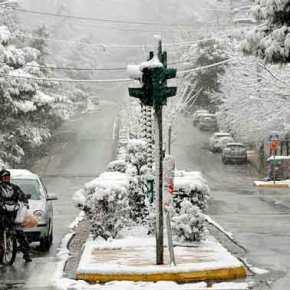 Έκτακτο δελτίο επιδείνωσης καιρού: Με χιόνια και καταιγίδες ο νέοςχρόνος