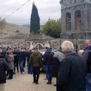 Αλλόφρονες UCKάδες στο Αργυρόκαστρο – Πορεία αλβανών εθνικιστών με σημαίες τωνΗΠΑ