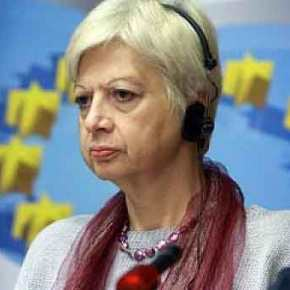Σοβαρότατη καταγγελία από την ευρωβουλευτή Ελένη Θεοχάρους για πολεμικές προετοιμασίες στακατεχόμενα.