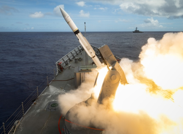 HMAS-Melbourne-Adelaide-Class-Frigate-SM2-Standard