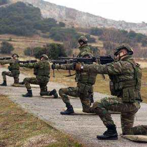 Οι ΕΔ προετοιμάζονται – Αιφνιδιαστική εκτέλεση βολών του ΣΞ σε όλη τηνεπικράτεια