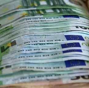Ηandelsblatt: «Πολύ δύσκολα η Ελλάδα θα επιστρέψει στις αγορές» – Μνημόνιαξανά;