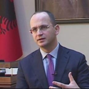 Συγχαρητήρια ΥΠΕΞ Αλβανίας σε Σκόπια για την ψήφιση της ΣυμφωνίαςΠρεσπών