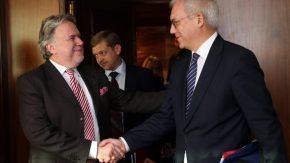 Με ραντεβού στην Θεσσαλονίκη η προσπάθεια να κλείσει το ρήγμα Ελλάδας-Ρωσίας για τηνΠΓΔΜ