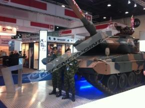 ΣΤΡΑΤΟΣ: Νέο επίτευγμα για το Τεχνικό Σώμα, Leopard 2HEL με πυροβόλο των 105 χλστ.(ΒΙΝΤΕΟ)