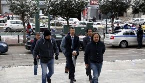«Υποδείξεις» Τουρκίας σε Ελλάδα: «Εκδώστε τους στρατιωτικούς πραξικοπηματίες»