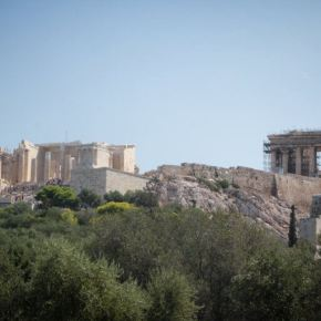 «Ξύπνησε» το ΚΑΣ για τα 10όροφα κτίρια που «εξαφανίζουν» τηνΑκρόπολη
