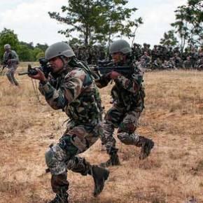 Έναρξη πολεμικών επιχειρήσεων – Σφοδρή ανταλλαγή πυρών στα σύνορα Ινδίας-Πακιστάν – (Εικόνες-Βίντεο)
