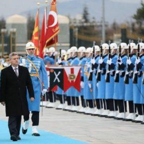 Οι Σκοπιανοί συνεχίζουν να παραβιάζουν τη συμφωνία: Τα παρατράγουδα δενσταματούν…
