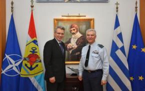 Α/ΓΕΕΘΑ: Η πρώτη συνάντηση του Πτέραρχου Χριστοδούλου με τον Πρέσβη των ΗΠΑ –ΦΩΤΟ