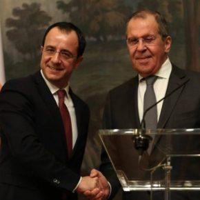 Καταπέλτης εναντίον των εγγυήσεων της Τουρκίας ο Λαβρόφ: Τα είπε μεΧριστοδουλίδη