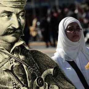 Πού είσαι Κολοκοτρώνη να δεις την Ελλάδα του 2019 και τις ισλαμικές μαντίλες να παρελαύνουν… (φωτό,βίντεο)