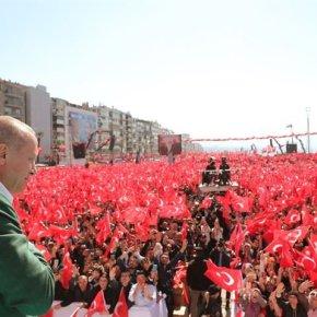 Ερντογάν από τη Σμύρνη: «Ρίξαμε τους γκιαούρηδες στη θάλασσα» – Μίλησε για Θεσσαλονίκη και «χαμένεςπατρίδες»!