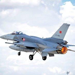«Βουλιάζει» το τουρκικό F-35 & η Άγκυρα βιάζεται: Η ASELSAN αναβαθμίζει με 1,1 δισ. δολάρια τα F-16 – Τους περιμένει στη «γωνία» ηΠΑ