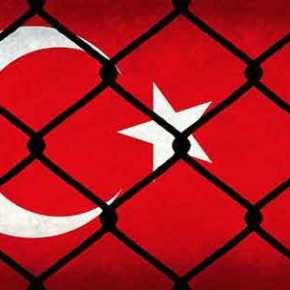 Δημοκρατία αλά Τούρκα… Μέσα και βαθιά – βαθιά 18δικηγόροι