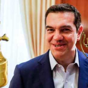 «Καταπέλτης» το Bloomberg για Τσίπρα: «Πρωθυπουργός τηςκωλοτούμπας»