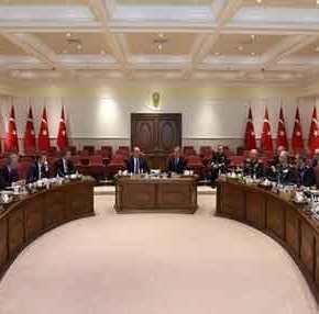 «Φωτιά» έβαλλε η εγκατάσταση Arrow στην Κρήτη: Έκτακτο πολεμικό συμβούλιο στην Άγκυρα με όλη την στρατιωτικήηγεσία