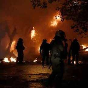 """Αστυνομία – Εξάρχεια: """"Απαγορεύεται να έρθουμε…"""" και μάχη τοβράδυ"""