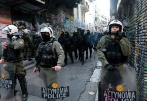 ΝΔ για… Μονμάρτη Εξαρχείων: «Η κυβέρνηση αδυνατεί να αποκαταστήσει τηνομιμότητα»
