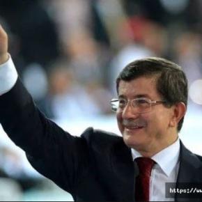 Πρώην πρωθυπουργός Νταβούτογλου: Ενάντια στο παγκόσμιο δίκαιο η ακύρωση των εκλογών στην Κωνσταντινούπολη