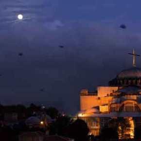 Οι Τούρκοι γιορτάζουν την άλωση της Πόλης: 300.000 μουσουλμάνοι θα προσευχηθούν σεπανηγύρι