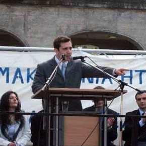 Ο ομογενής που ενόχλησε τον Κοτζιά στο Μόναχο απαντά: «Είμαι Έλληνας Μακεδόνας, ούτε χουντικός, ούτεχρυσαυγίτης»