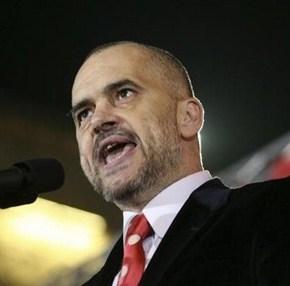Έντι Ράμα: Οι Αλβανοί στην Αλβανία και το Κοσσυφοπέδιο είναι αδέλφια και πρέπει ναενωθούν