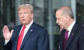Άρθρο-κόλαφος του Bloomberg: Ο Τραμπ να παρέμβει για τις εκλογές στην Κωνσταντινούπολη