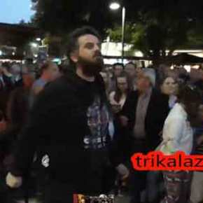 Άγριες αποδοκιμασίες κατά Τσίπρα στα Τρίκαλα: «Μπράβο Αλέξη, άντε με τους Πασόκους τώρα»[βίντεο]