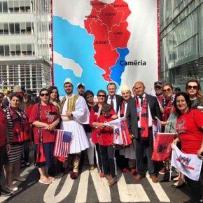 Οι Αλβανοτσάμηδες σε παρέλαση στιςΗΠΑ