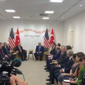 Μη φυσιολογική στάση του Τραμπ έναντι του Ερντογάν, έωςασυνάρτητη