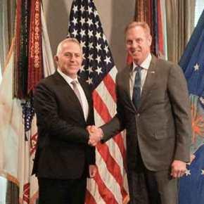 Μαραθώνιες συζητήσεις στις ΗΠΑ: Κρίσιμη συνάντηση Αποστολάκη-Σάναχαν