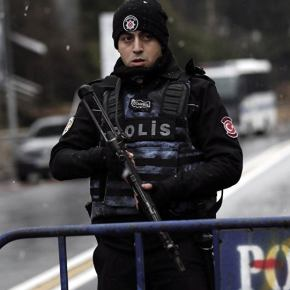 ΕΚΤΑΚΤΟ: Πυροβόλησαν αξιωματούχο της πρεσβείας της Λευκορωσίας στην Τουρκία – Περίεργοπεριστατικό