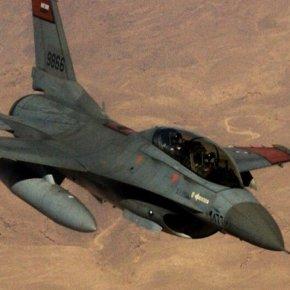 Μαχητικά F-16 της Αιγύπτου βομβαρδίζουν θέσεις του GNA και των Τούρκων «συμβούλων» στη Λιβύη – Σφοδρή αντίδρασηΑγκυρας