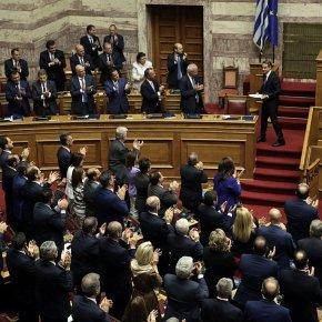 Με 158 «ναι», η κυβέρνηση έλαβε ψήφοεμπιστοσύνης